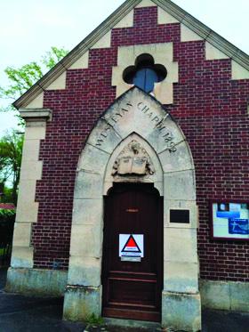 Warning sign found on the door of Lamorlaye Mennonite Church. — Linda Oyer/MMN