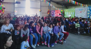 """A meeting of the """"Church of the Towns"""" takes place Oct. 14 in Young, Río Negro, Uruguay. The gathering collects people from Assemblies of God church plants in 14 towns in the departments of Río Negro and Paysandú that are seeking to join the Uruguayan Mennonite Brethren conference. — Álvaro Nalerio/CCHMU"""